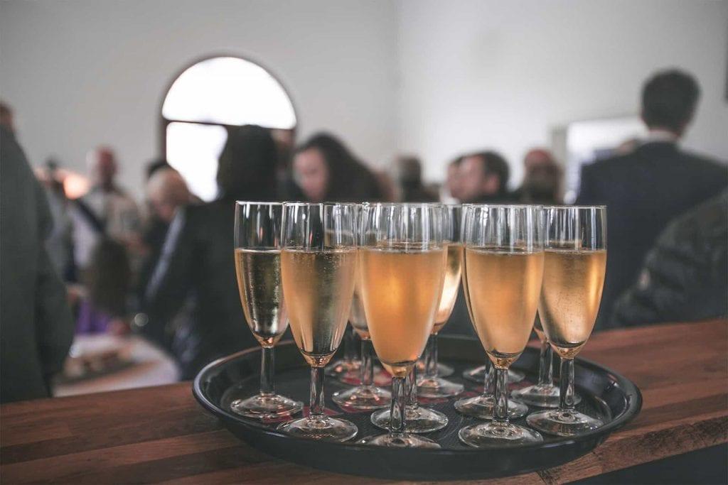 Photo glasses of champagne